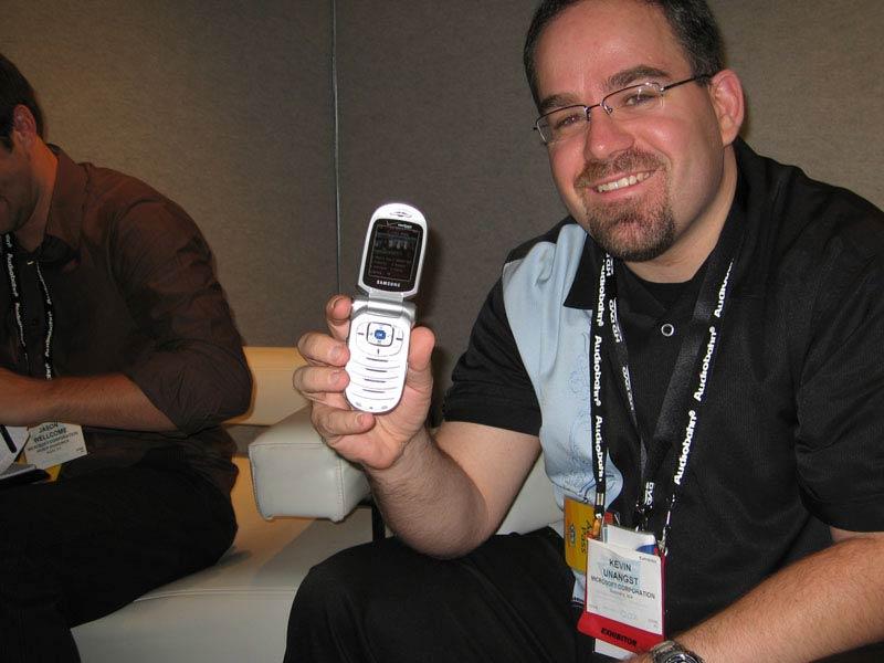 مصاحبه با آقای کوین آنانگست تهیه کننده Microsoft Ces2006_3_03